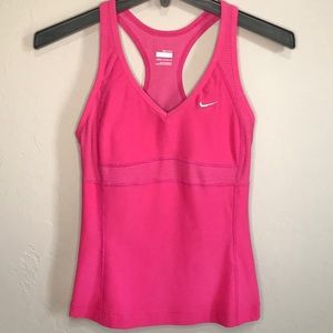 Nike Fit Dry Active Workout Top